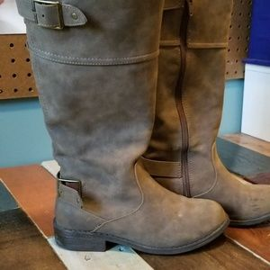 Girls tall brown boots